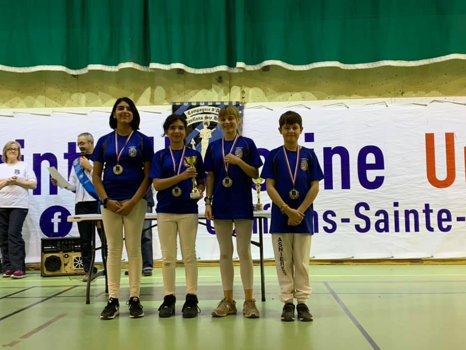 10 PODIUMS A CONFLANS !